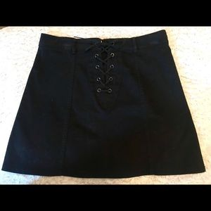 Forever 21 black lace up skirt